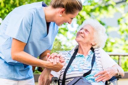 Pflegekraft und Altenpfleger