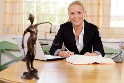 Freie Mitarbeit als Rechtsanwalt
