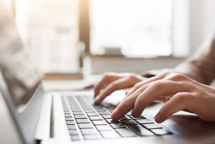 Geschäfts-Emails schreiben