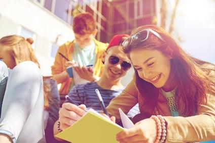 Freie Mitarbeiterin im Bereich der Jugendarbeit