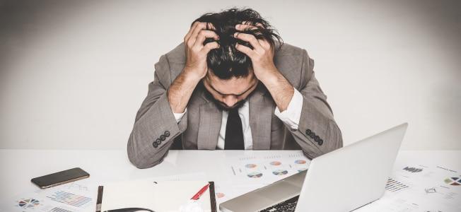 Scheitert ein Betrieb bzw. geben Sie diesen auf, müssen Sie auch das Gewerbe abmelden.