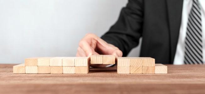Kann eine Berufshaftpflichtversicherung auch Angestellte absichern?