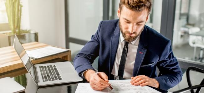 Der für die Einkommensteuer geltende Tarif ist in § 32a EStG festgelegt.