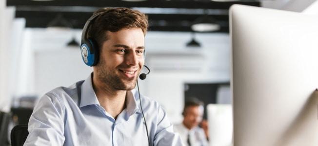 Freiberufler geben in der Steuererklärung die Telefonkosten als Betriebsausgaben an.