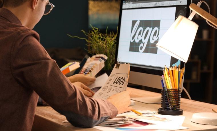 Prospekt und Flyer Design als Freiberufler: Software Tipps